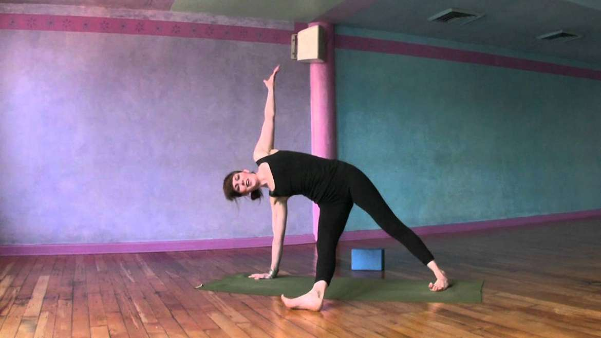 Fat Burning In 20 Minute Yoga Workout